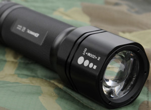 Dorcy ZX300 - zoom focus beam